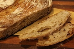 10-percent-whole-wheat-loaf_0010_thu