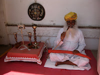 Hookah man - Jodhpur, Rajasthan