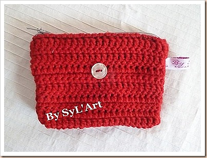 Pochette rouge crochet By SyL'Art