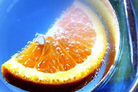 6. Naranja y azul