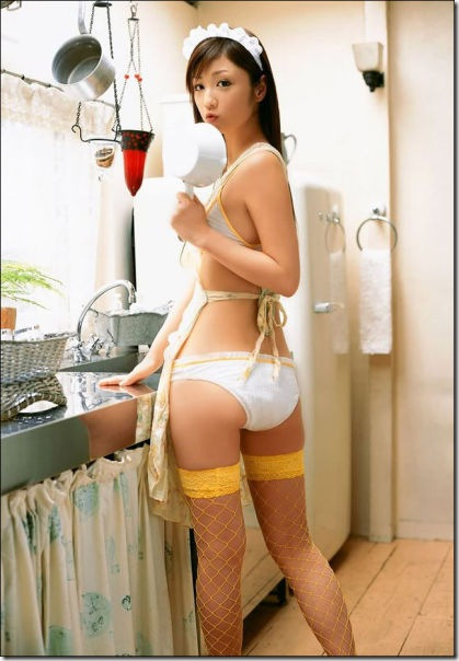 kitchen-women-work-10