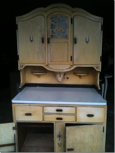 Vintage Restyled: Antique Hoosier Cabinet