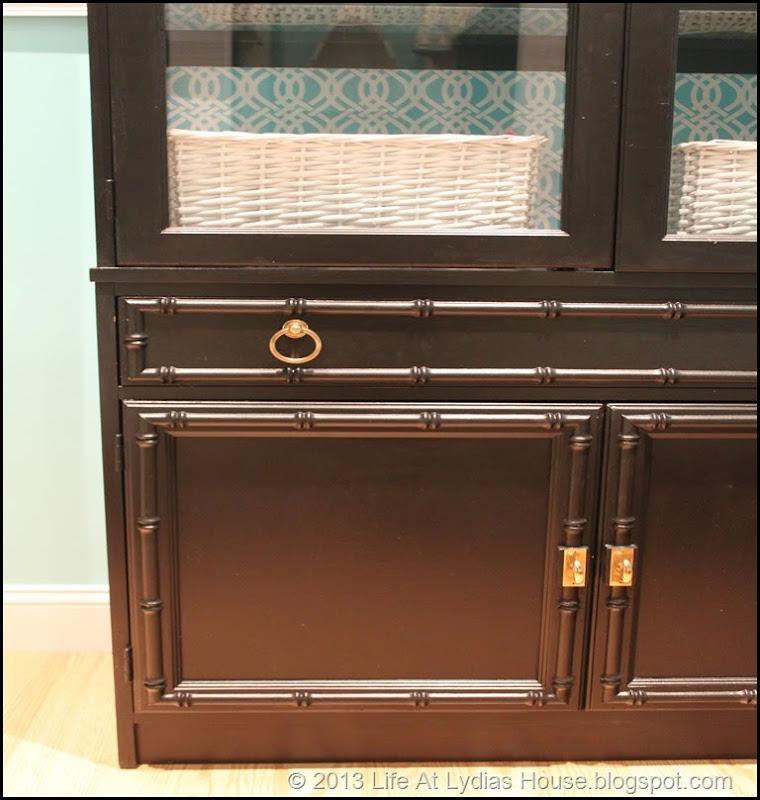 bunk cabinet detail