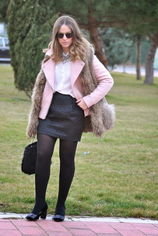 Black/White Pink