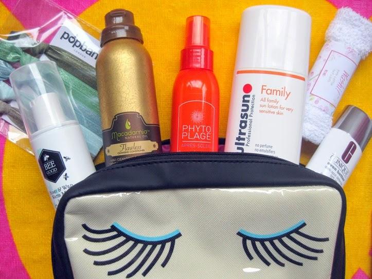 Delores-Travel-Beauty-Bag