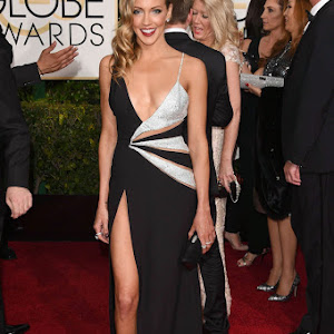Katie Cassidy - The ARROW Actress spotted in Cute Gown at Golden Globe Awards