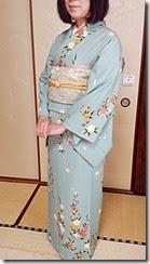 着物でお嬢様の入学式に (1)