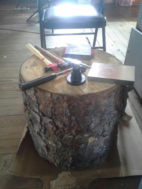 Tree stump for hammering