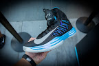 nike lunar hyperdunk 2012 black blue 5 07 Nike Lunar Hyperdunk+ Sport Pack Packaging Contents