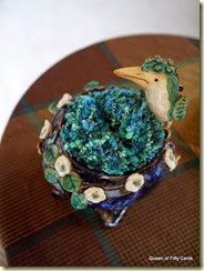 bird bowl with yarn