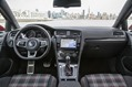 2015-VW-Golf-21
