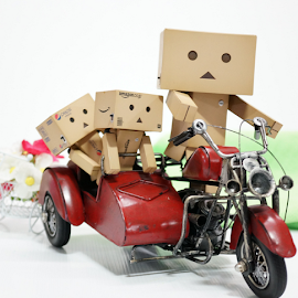 Danbos having a ride by Alice Chia - Artistic Objects Toys (  )