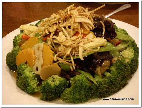 vegetarian_restaurant_kuching_08