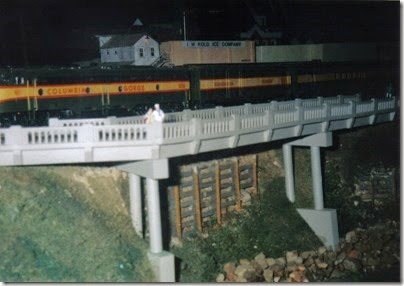 02 Columbia Gorge Model Railroad Club HO-Scale Layout in November 1997