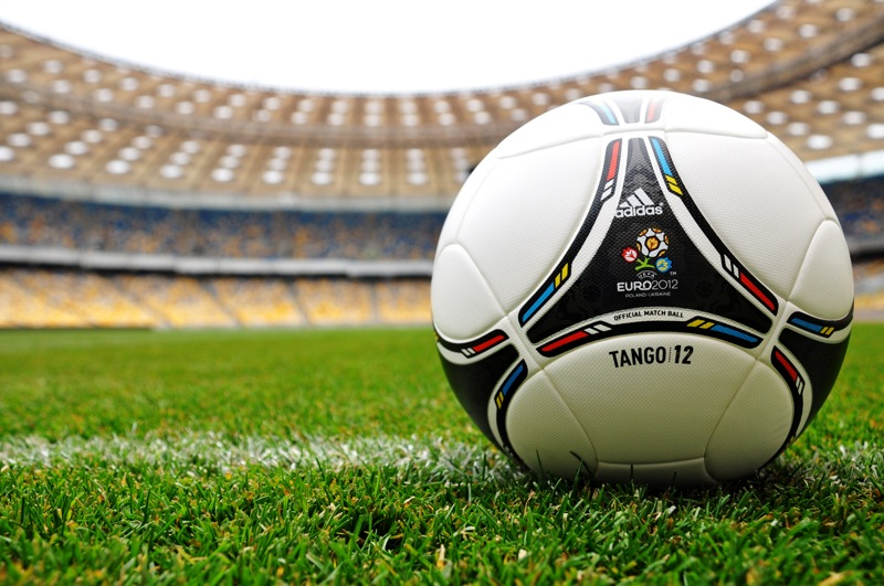 Euro 2012 Adidas Tango Ball HD Wallpaper Vvallpaper Net