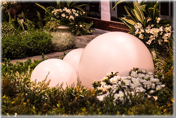 Balls-no-texture-in-the-landscape