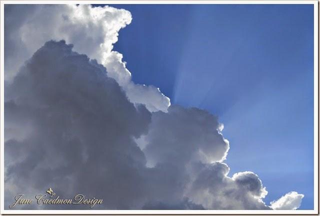 Cloud_Sunrays