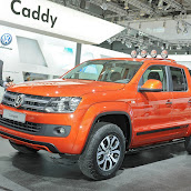 2013-Volkswagen-Amarok-Canyon-1.jpg
