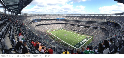 'MetLife Stadium Panorama' photo (c) 2013, Vincent Santore - license: http://creativecommons.org/licenses/by-nd/2.0/