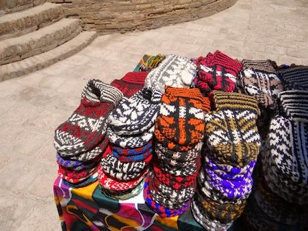 24. Ciorapi de lana la 42 grade.JPG