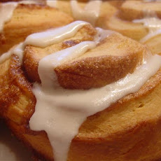 Jo Mama's Soft and Fluffy Cinnamon Rolls