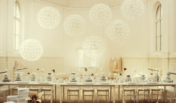 white-ivory-linen-origami-paper-flowers-table-setting-ideas