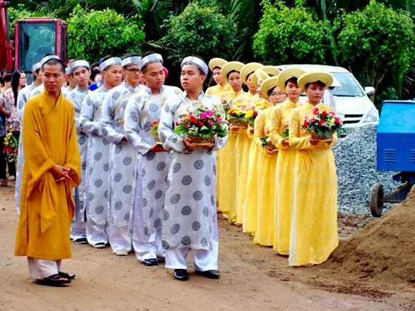 le-hang-thuan-nep-van-hoa-phat-giao (12)