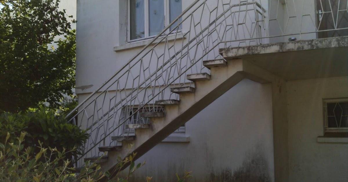 nantes escalier. Black Bedroom Furniture Sets. Home Design Ideas