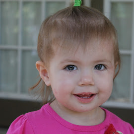 MISS ASHLYN by Robin Hennon - Babies & Children Child Portraits