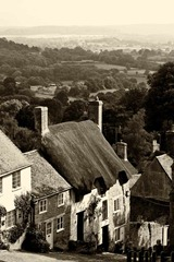Gold-Hill,-Shaftesbury-2