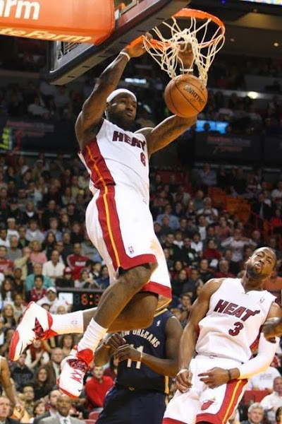 lebron james nba 140107 mia vs nop 02 LBJ Continues to Wear Nike Soldier VII with new Miami Home PE