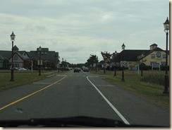 735.Gateway Village