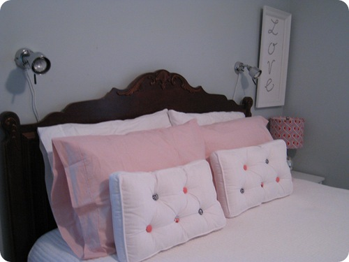 pillows_room_athomewithh