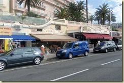 Beachfront stores Cannes (Small)