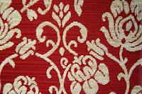 Tkanina meblowa, wzór roślinny, kwiatowy. Czerwona.
