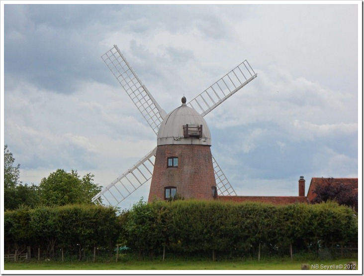 SAM_0916 Napton Windmill