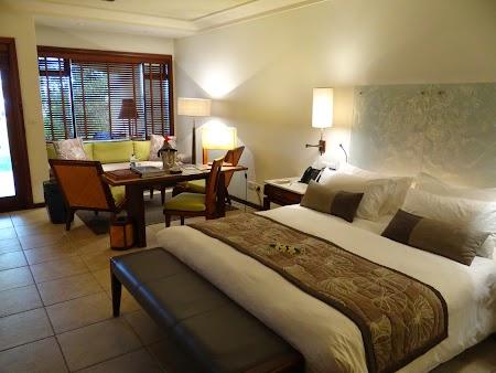 12. Camera hotel Mauritius.JPG