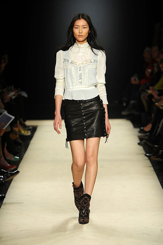Isabel-marant-FALL-2012-RTW-podium-035_runway