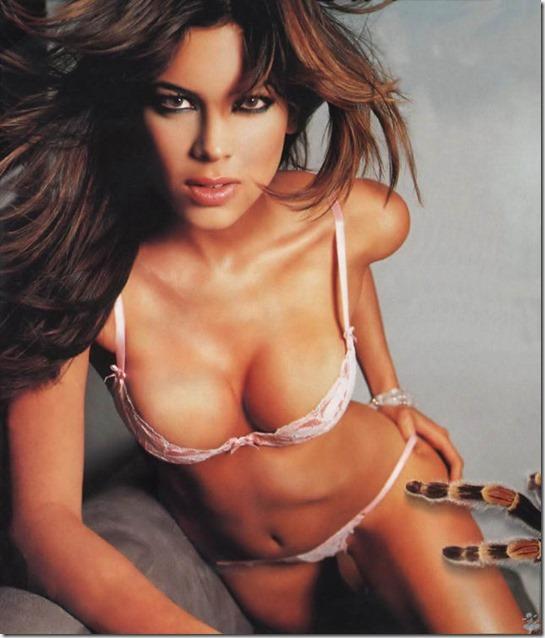 hot-mexican-models-32