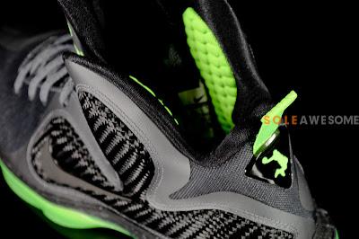 nike lebron 9 gr black green dunkman 3 14 Finally a Decent Batch of Pics Featuring Nike LeBron 9 Dunkman