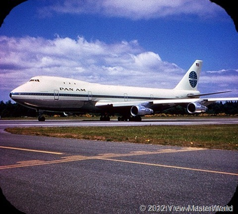 View-Master Pan Ams 747 (B747), Scene 2_1: Taxiiing Out for Takeoff