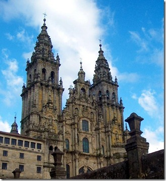 Santiago-de-Compostela-Cathedral-in-Spain_Cathedral-view_6874
