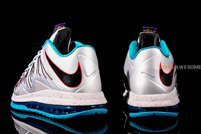 nike lebron 10 low gr silver teal 1 11 New Nike Air Max LeBron X Low Silver & Teal (579765 002)