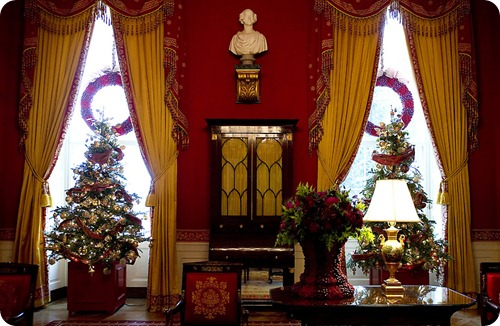 White House Christmas Decorations 2011 Red Room