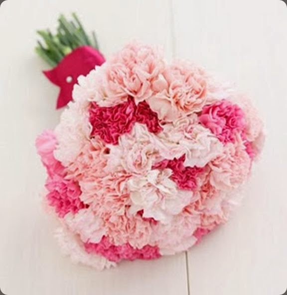 carnations3 clementine posy