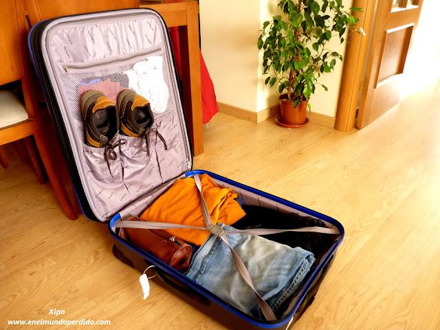 maleta-con-ropa-para-viajar.JPG