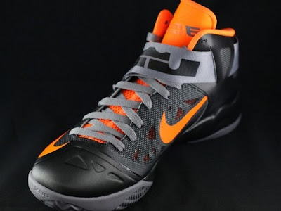 nike zoom soldier 6 gr black grey orange 2 04 New Nike Zoom LeBron Soldier VI   Black/Orange   Available