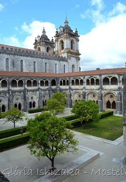 Glória Ishizaka - Mosteiro de Alcobaça - 2012 - 70 - claustro de D. Dinis
