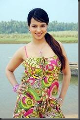 saloni-aswani-latest-hot-still1