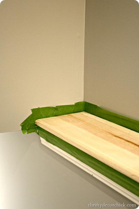 frogtape-around-wood-in-nook